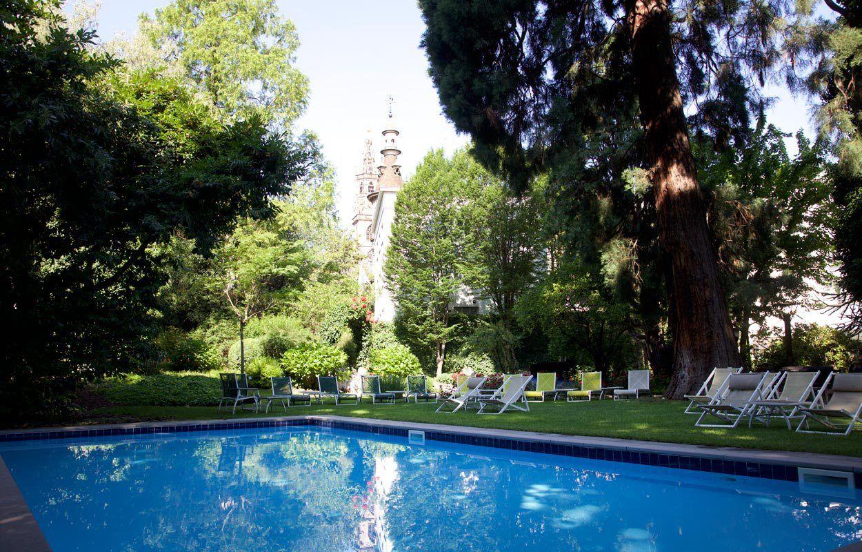 Beautiful Das Schwimmbecken Im Park Des Parkhotel Laurin   Auch Für Gäste Des Hotel  Greif In Bozen