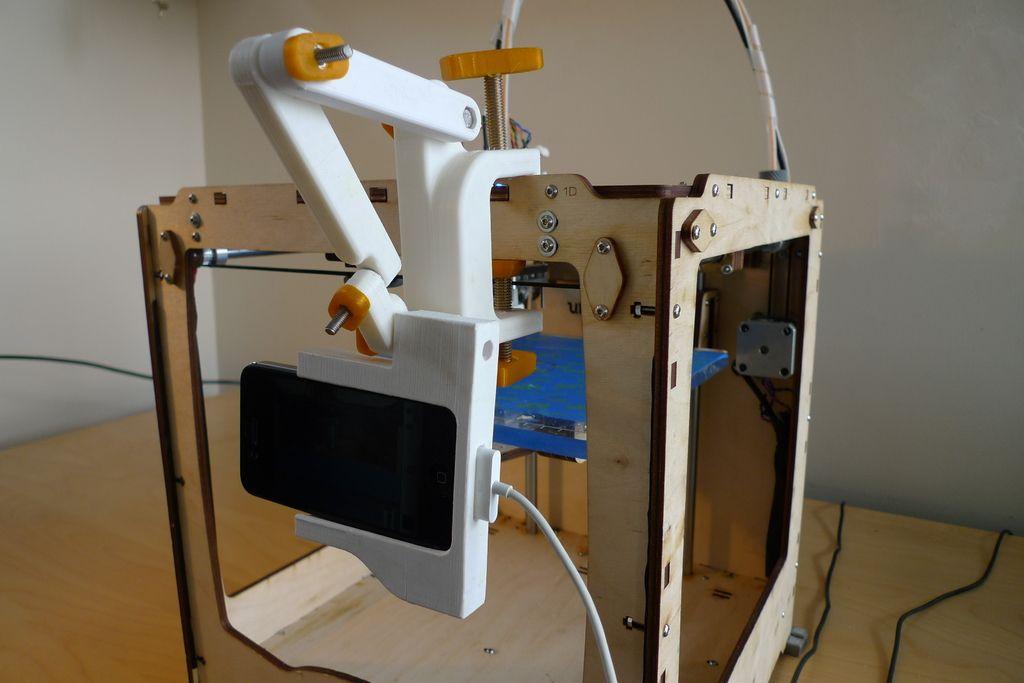 Universal iPhone camera mount by marinosdrake.