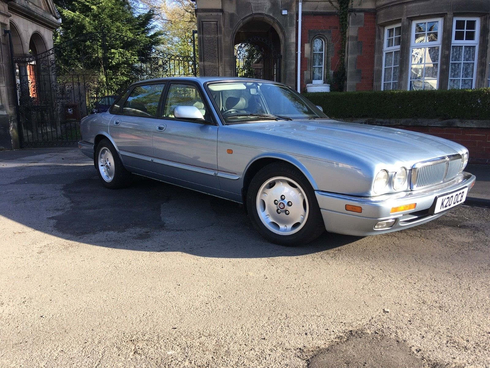 4ca6286e387d38f90dfdca3c8fc6d22a Take A Look About 1990 Jaguar Xj6