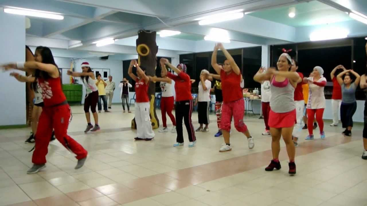 Last Christmas Warm Up Zumba Fitness With Lula Zumba Workout Zumba Dance Videos