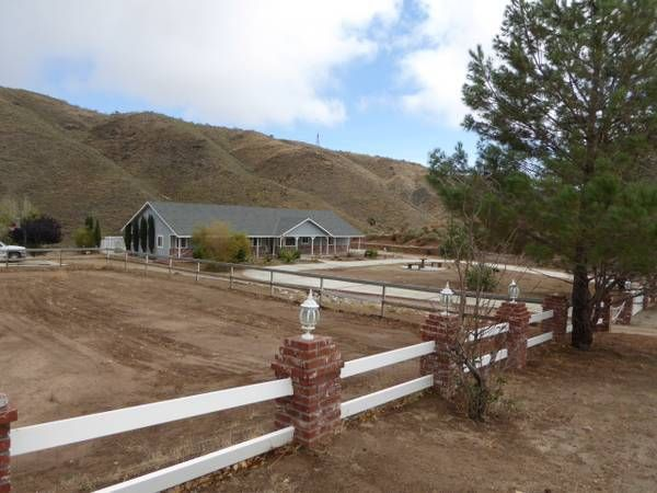 Horse Property for sale in Los Angeles County in California