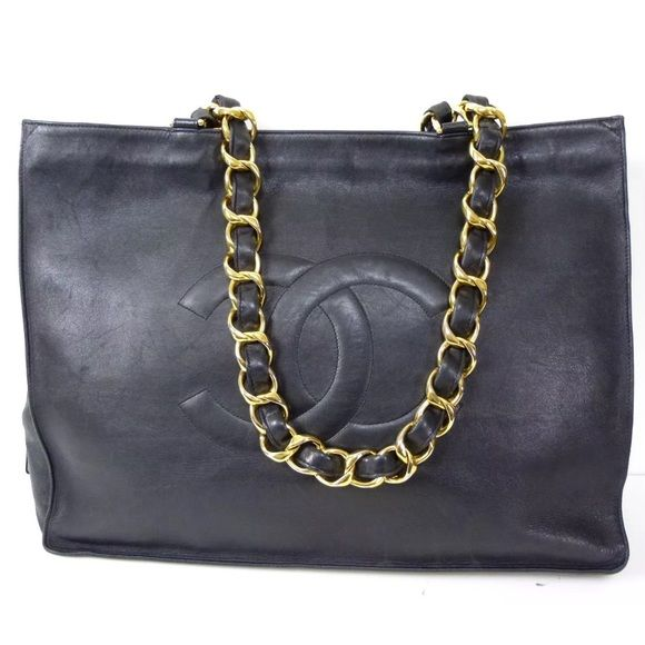 3938e7d3fef4 Authentic Chanel handbag Blk Authentic Lamb leather Chanel handbag. Just a  few minor flaws ( shown in pics) price reflects) nothing major at all.