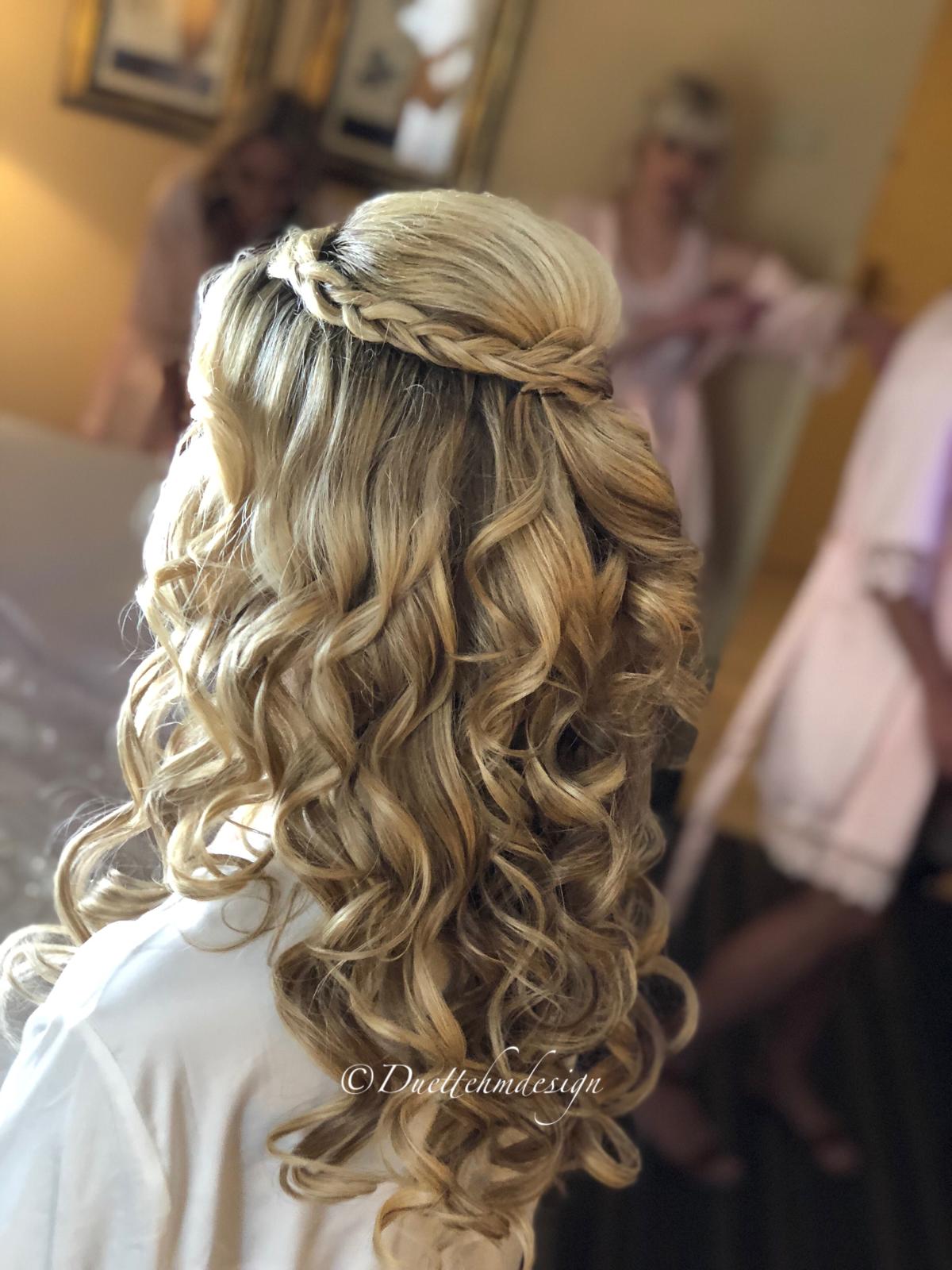 bride hair, half up half down, braided half up half down