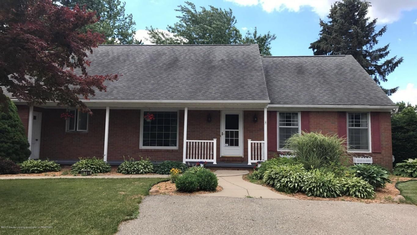 Beautiful landscaped home with great curb appeal and