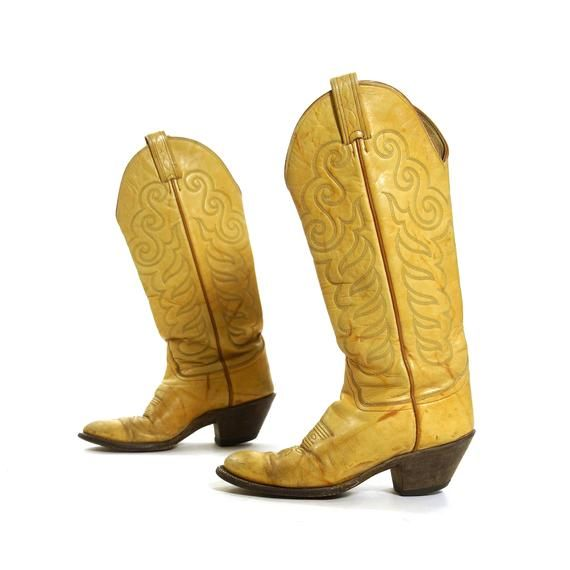 6943cc8a4f9 Tony Lama Cowboy Boots Vintage Light Brown Leather Cowgirl Country Western  Riding Boots Women s ...