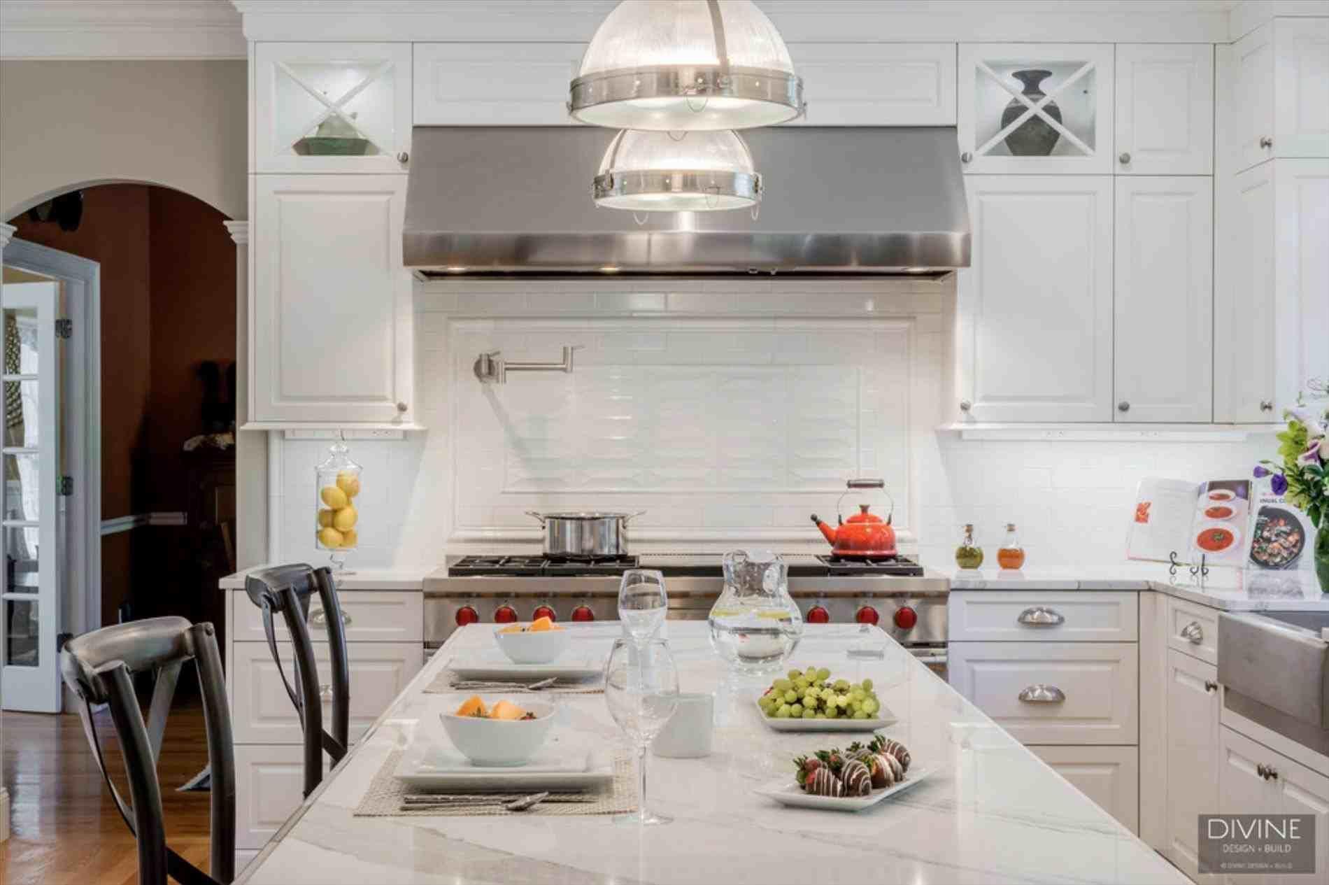 top view post transitional kitchen designs photo gallery visit homelivings decor ideas transitionaldecorwhite also rh pinterest