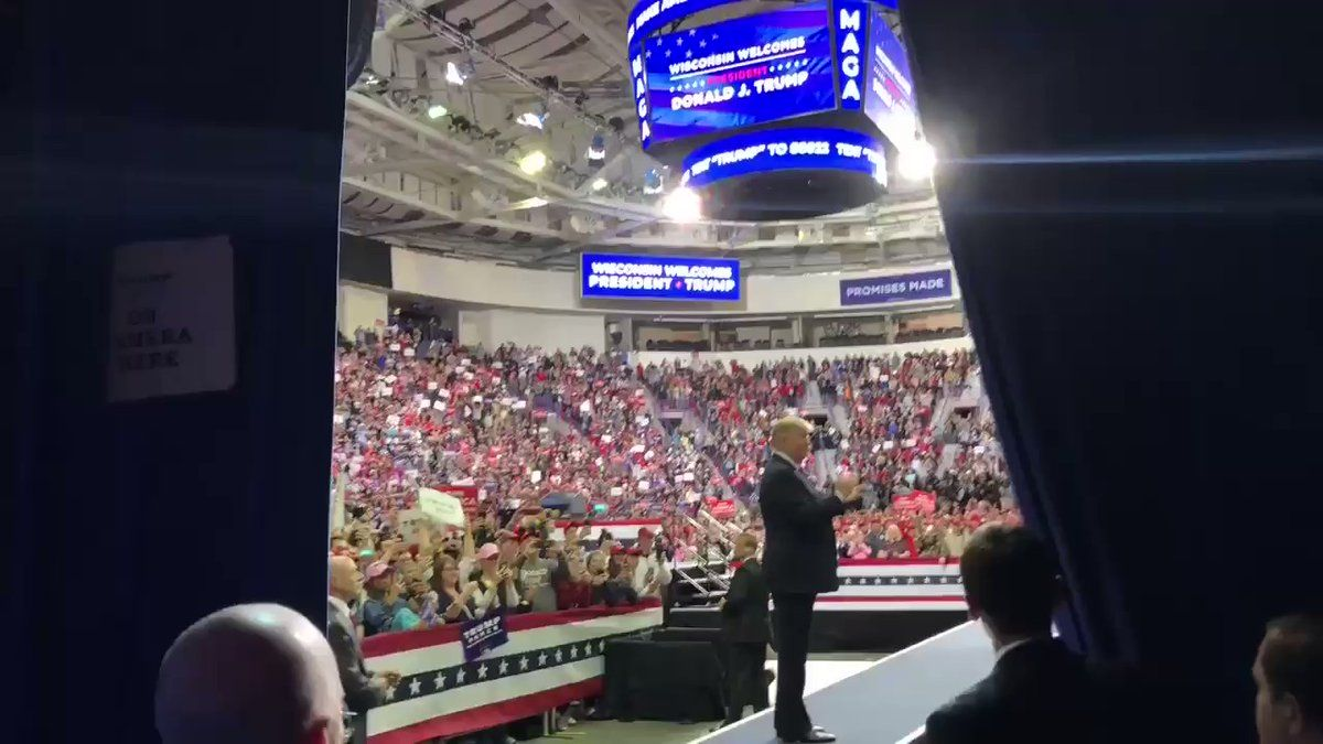 Dan Scavino On Twitter Realdonaldtrump Maga Rally In Green Bay Wisconsin Is Underway Great Comebacks Green Bay Twitter Handles