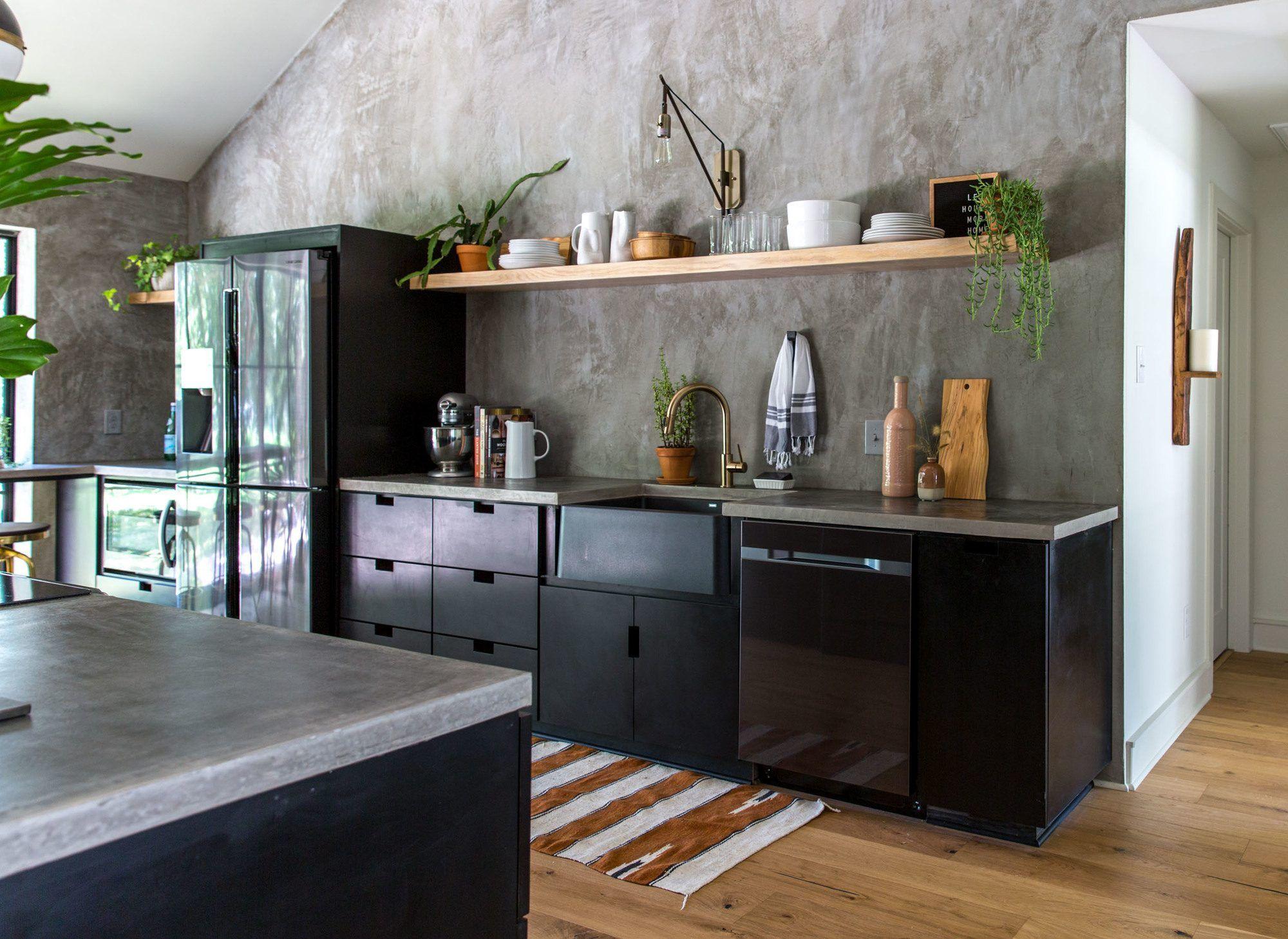 fixer upper in 2019 fixer upper kitchen farmhouse kitchen cabinets accent wall in kitchen on kitchen cabinets upper id=89729