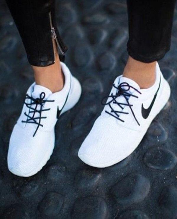 Nike Roshe Run sneakers #Accessoriesteensfashion2015