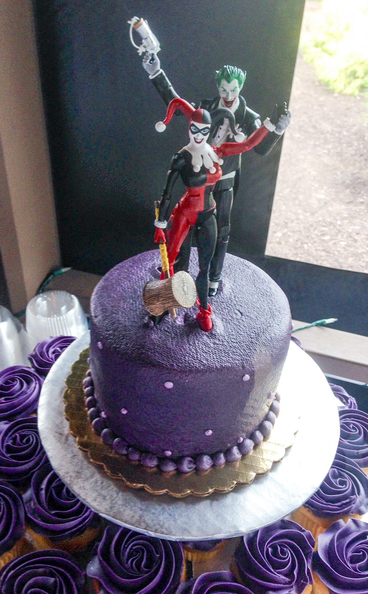 Joker And Harley Quinn Wedding Cake Topper Fun Wedding Ideas