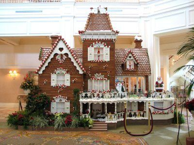 gothic gingerbread house template  Gothic Gingerbread | Christmas gingerbread house ...