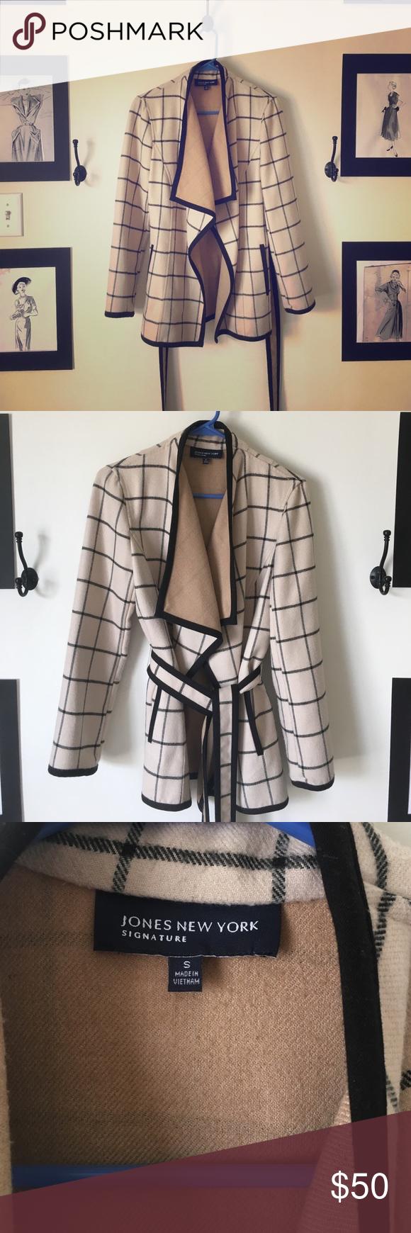 Jones New York sweater coat Great condition. Plaid light jacket. Jones New York Jackets & Coats