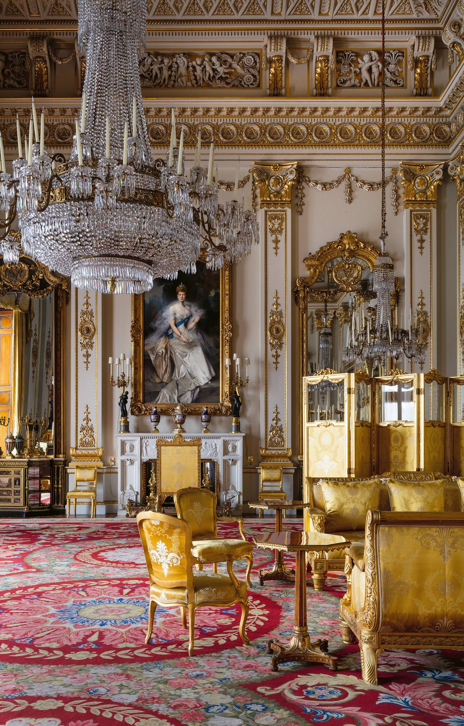 the interiors of buckingham palace as you ve never seen them before rh pinterest ch