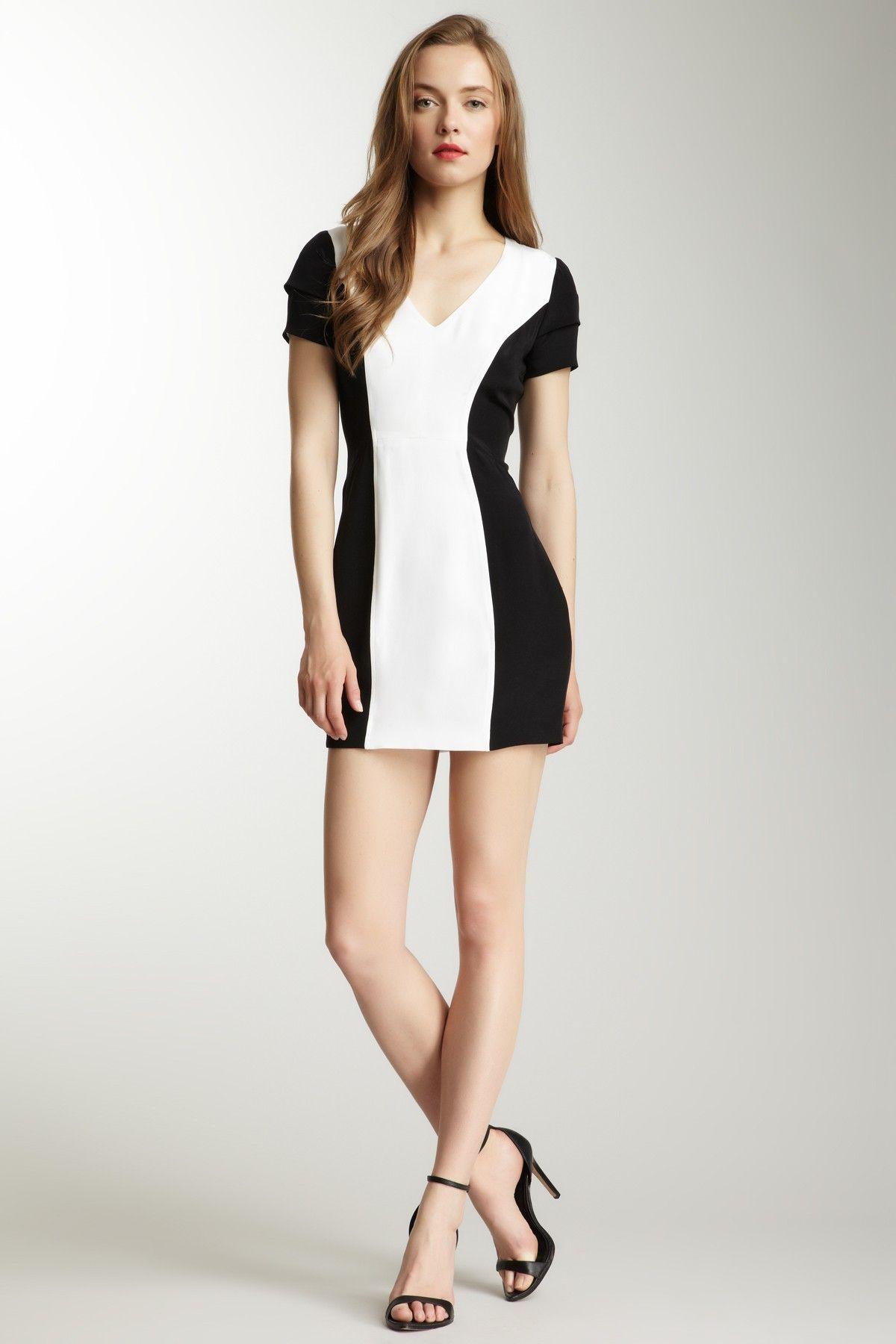 Vestidos en blanco negro
