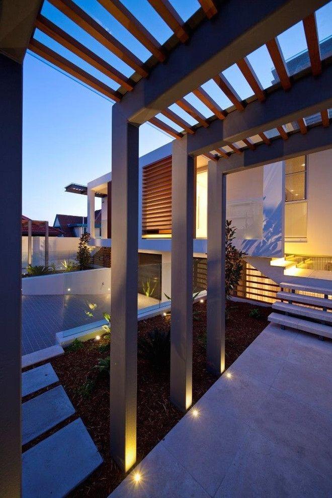 Dise o de vivienda con jardin integrado al zagu n de for Viviendas jardin
