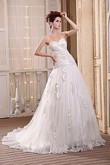 Tulle Appliques Court Train Lace Wedding Dresses 2013