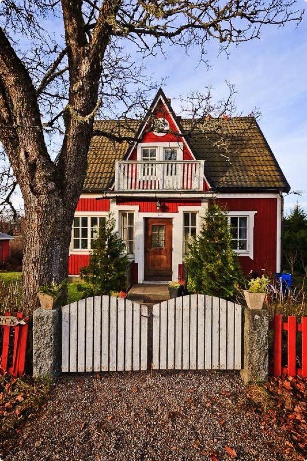 traumhaftschöne landhäuser, auch rote schwedenhäuser | traumhafte