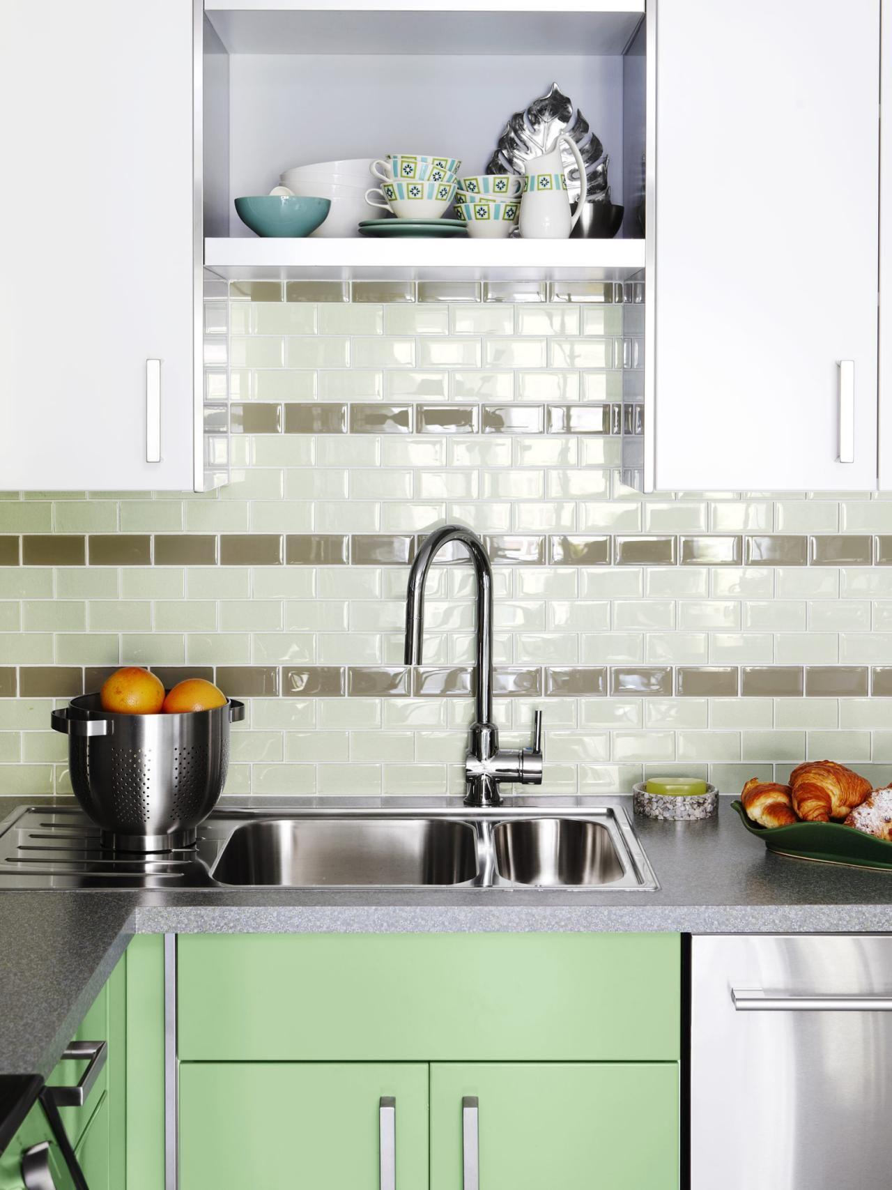 TAPWARE Kitchen Design Tips From HGTVu0027s Sarah Richardson | Kitchen Ideas U0026  Design With Cabinets, Islands, Backsplashes | HGTV