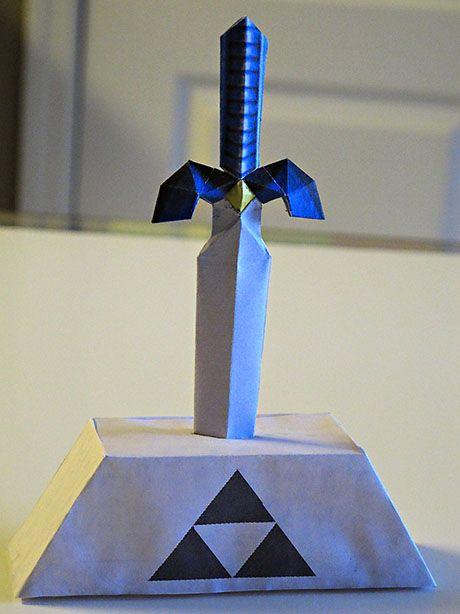 The Legend Of Zelda: Master Sword Papercraft | Paperized Crafts