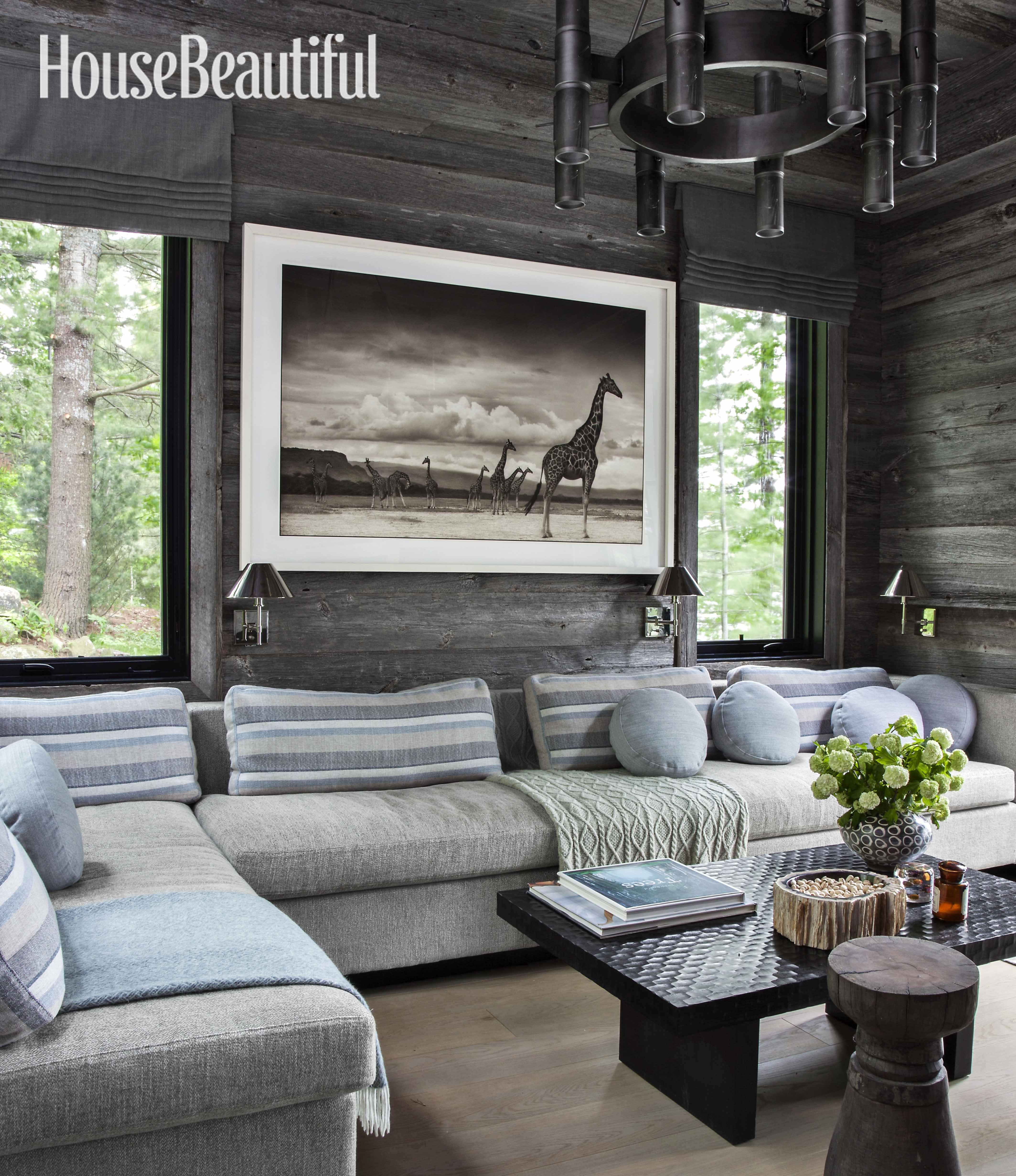 Interior Designer Anne Hepfer S Modern Rustic Summer Lake House In Muskoka Decor Home Living Room Modern Lake House Cottage Interiors