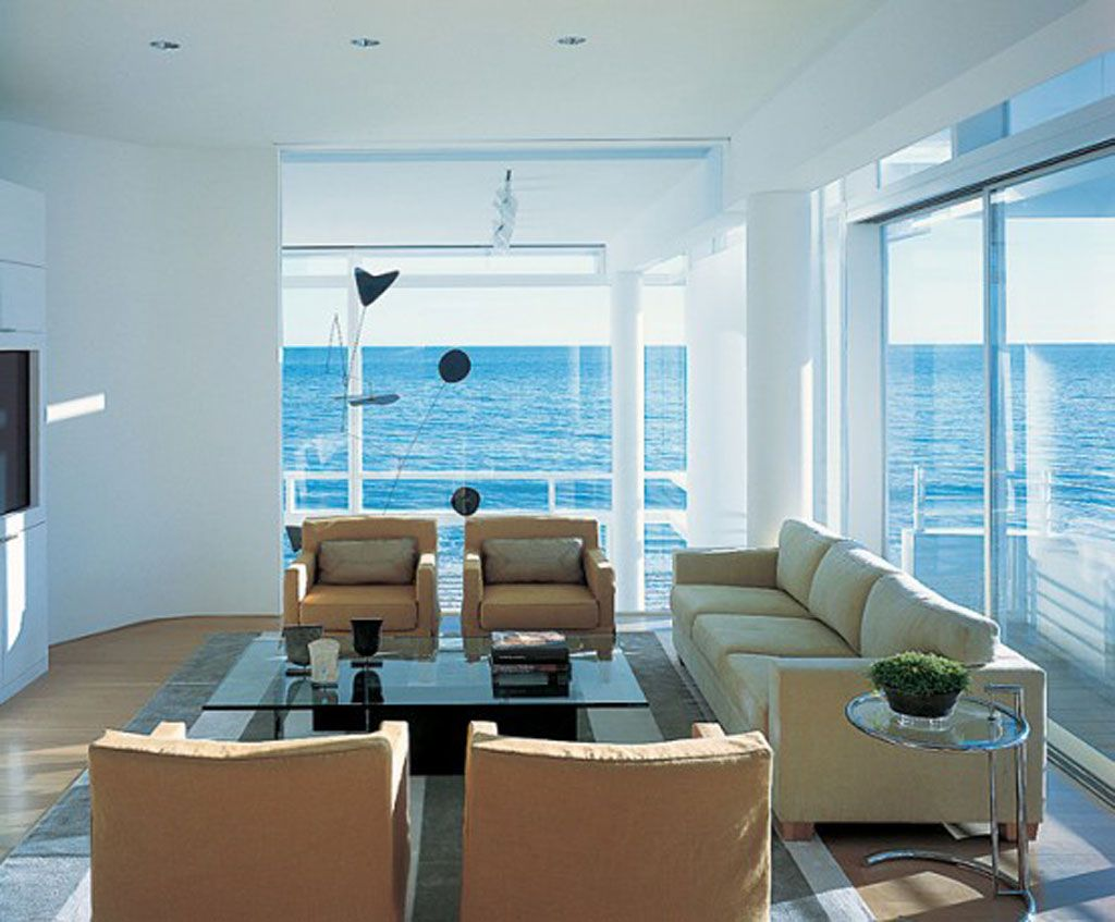 Modern beach house california white interior decor by Modern white living room decor