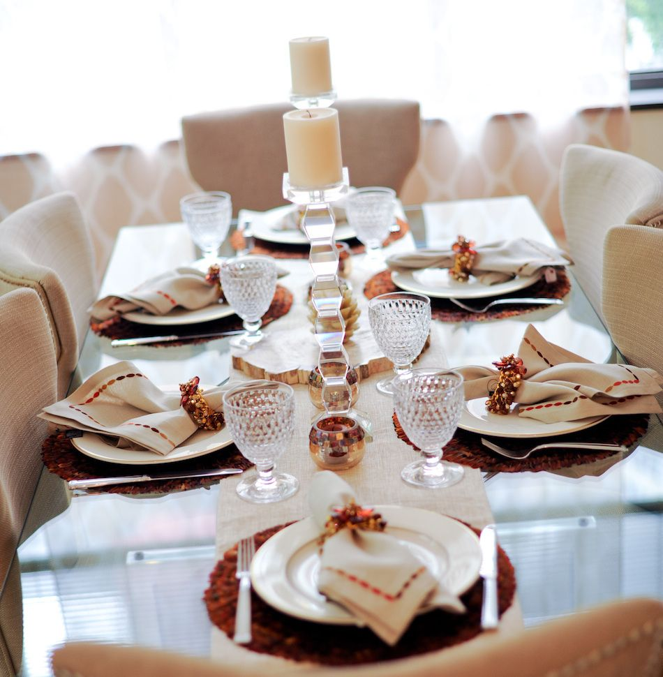 New Year's Eve Table by FashionableHostess.com #FashionableHostess