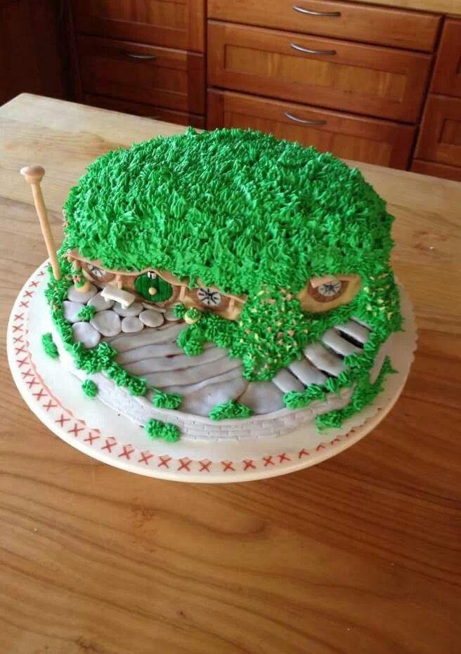 Hobbit cake! I want this for my b-day!   Cake, Hobbit cake ...
