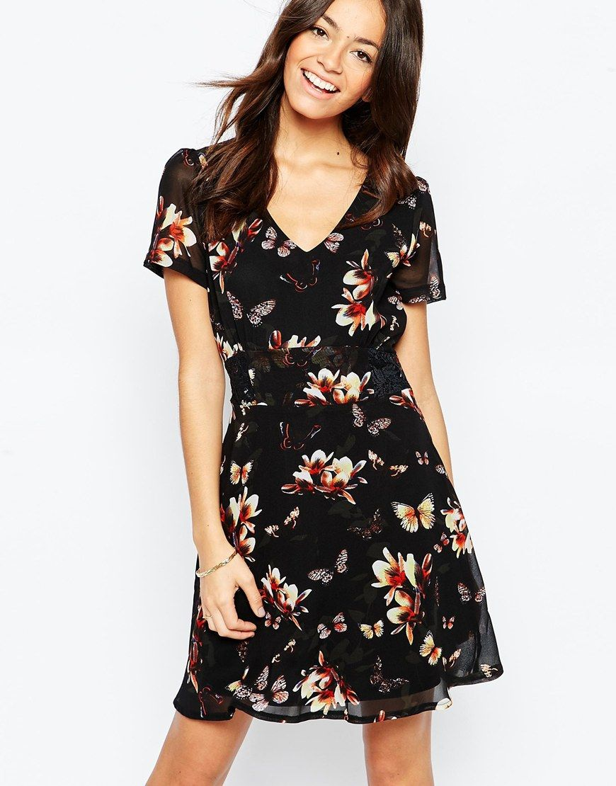 Floral Tea Dress - Black floral Yumi Petite bgkf2zo