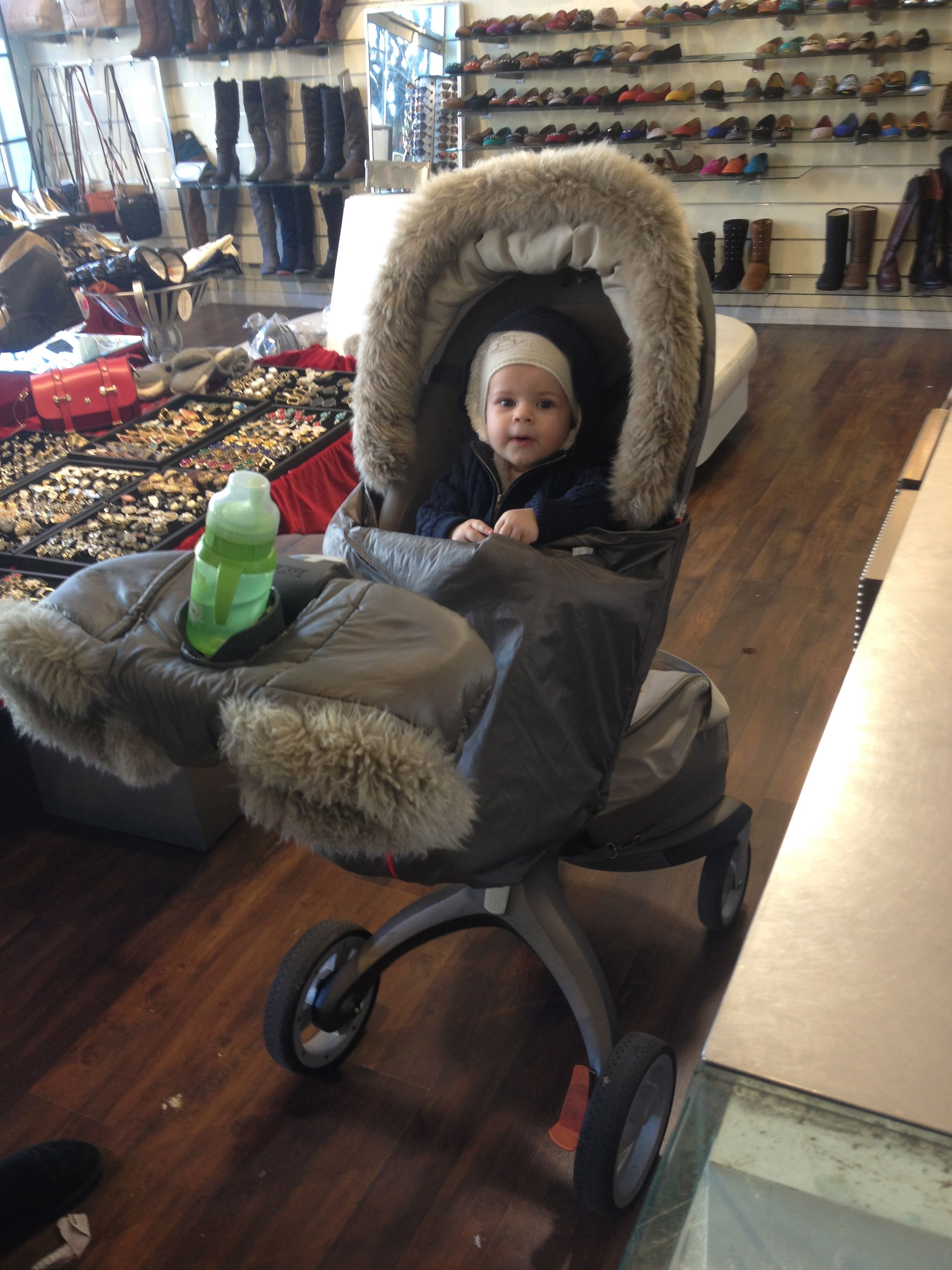 Love this snuggly stroller for the winter in the city