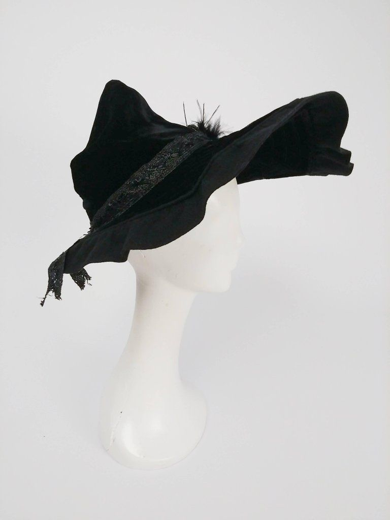 1940s Black Velvet Wide Brim Conical Hat 6 d0179fb65596