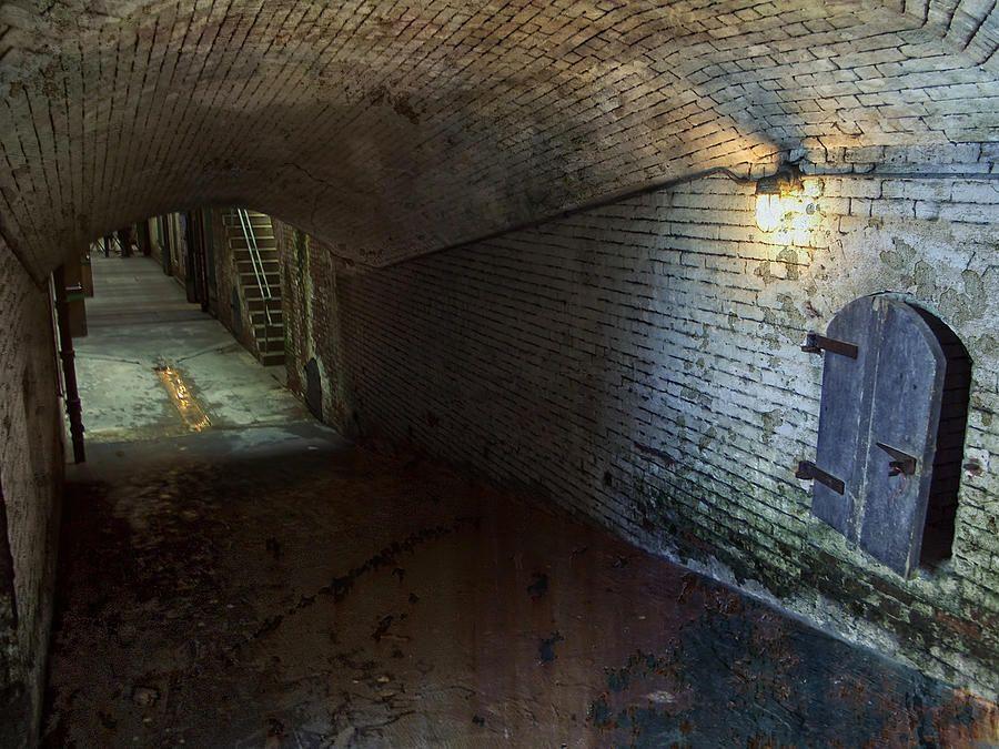 Alcatraz Tunnel Prisons Abandoned Prisons Prison