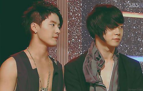 Junsu (준수) aka Xia and Yoochun (유천) of JYJ