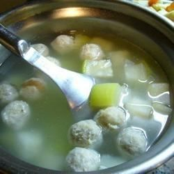Winter Melon Meatball Soup #wintermelon This Chinese soup of pork meat balls and winter melon is very warming. I love to make this during the winter months when it's chilly outside. #wintermelon