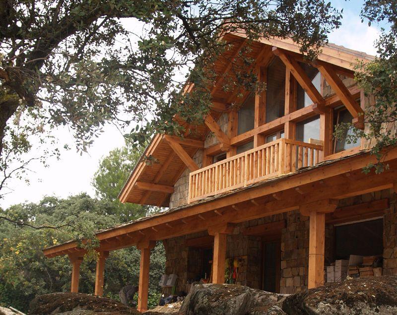 La Casa De Piedra Y Madera Entre Encinas Manuel Monroy Arquitecto Madrid Arquitectos Madrid Casa De Piedra Arquitectos