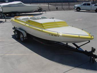 The Boat Brokers Rv 800 488 0258 1970 22 Laveycraft Day Cruiser V Drive 15 995 Stock Lct229u Jet Boats Used Boats Sanger Boats