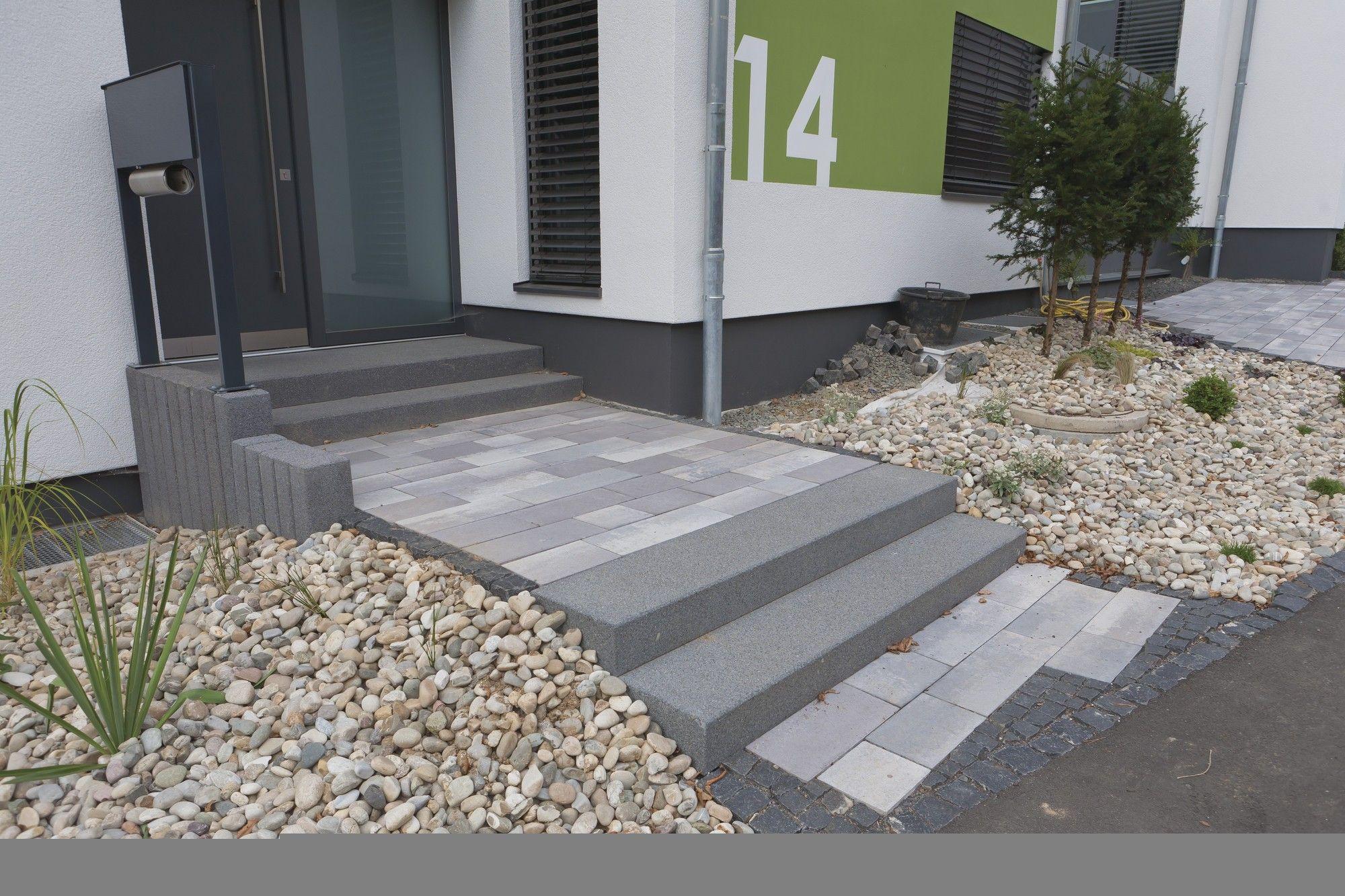 blockstufen beton flashsms. Black Bedroom Furniture Sets. Home Design Ideas