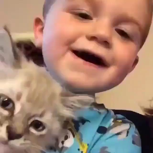 Kitty be like..Baby u meow I meow