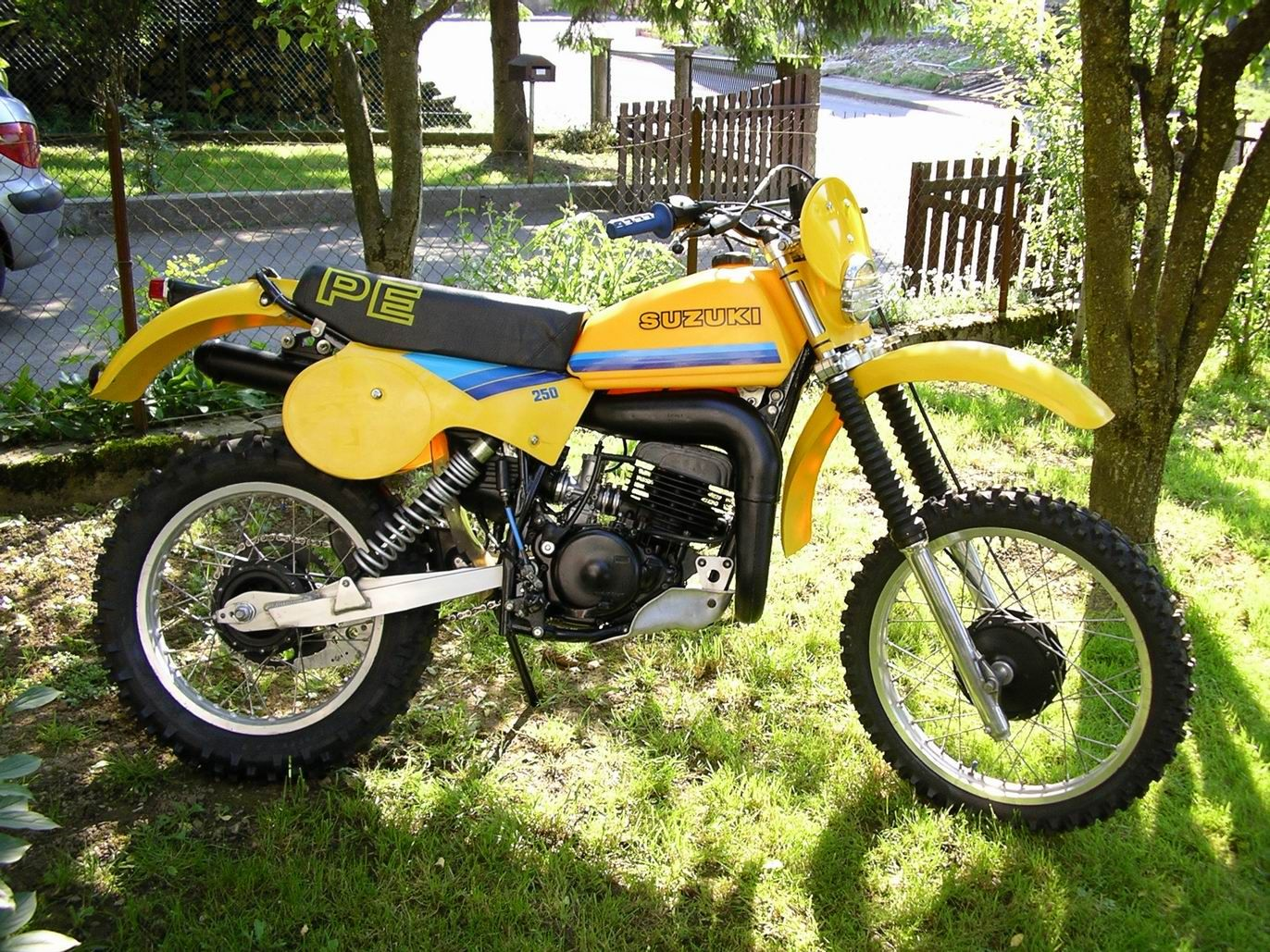 Suzuki 175 Pe Great Little Bike I Did A Poor Restoration Trail Rode It And Sold It At A Profit Enduro Motorcycle Suzuki Bikes Motocross Bikes