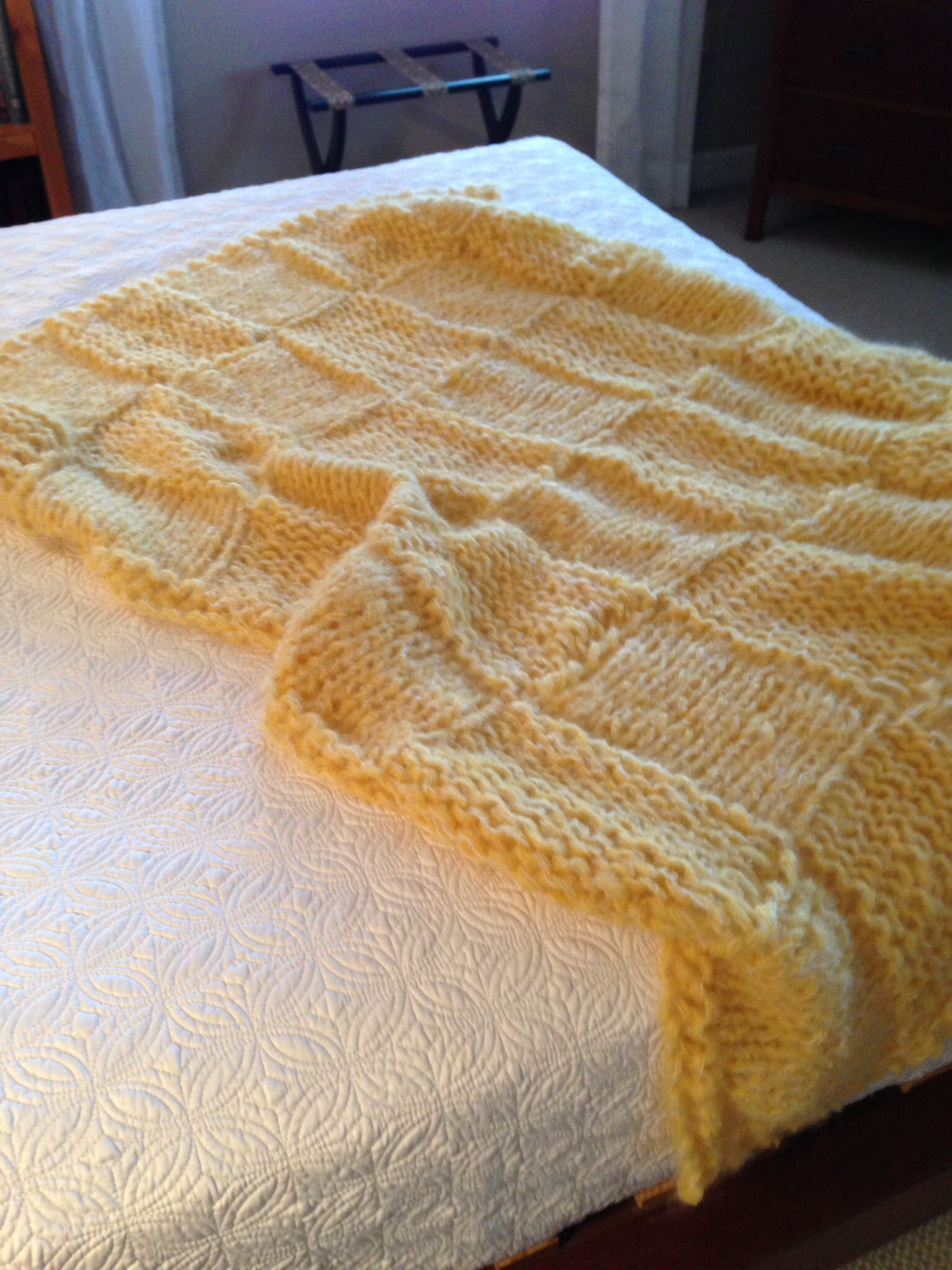 This beautiful yellow throw that I knitted last year would look so pretty on the end of the Charleston Chaise. @Zandra Dunn Noel Watkins C #DreamInColor