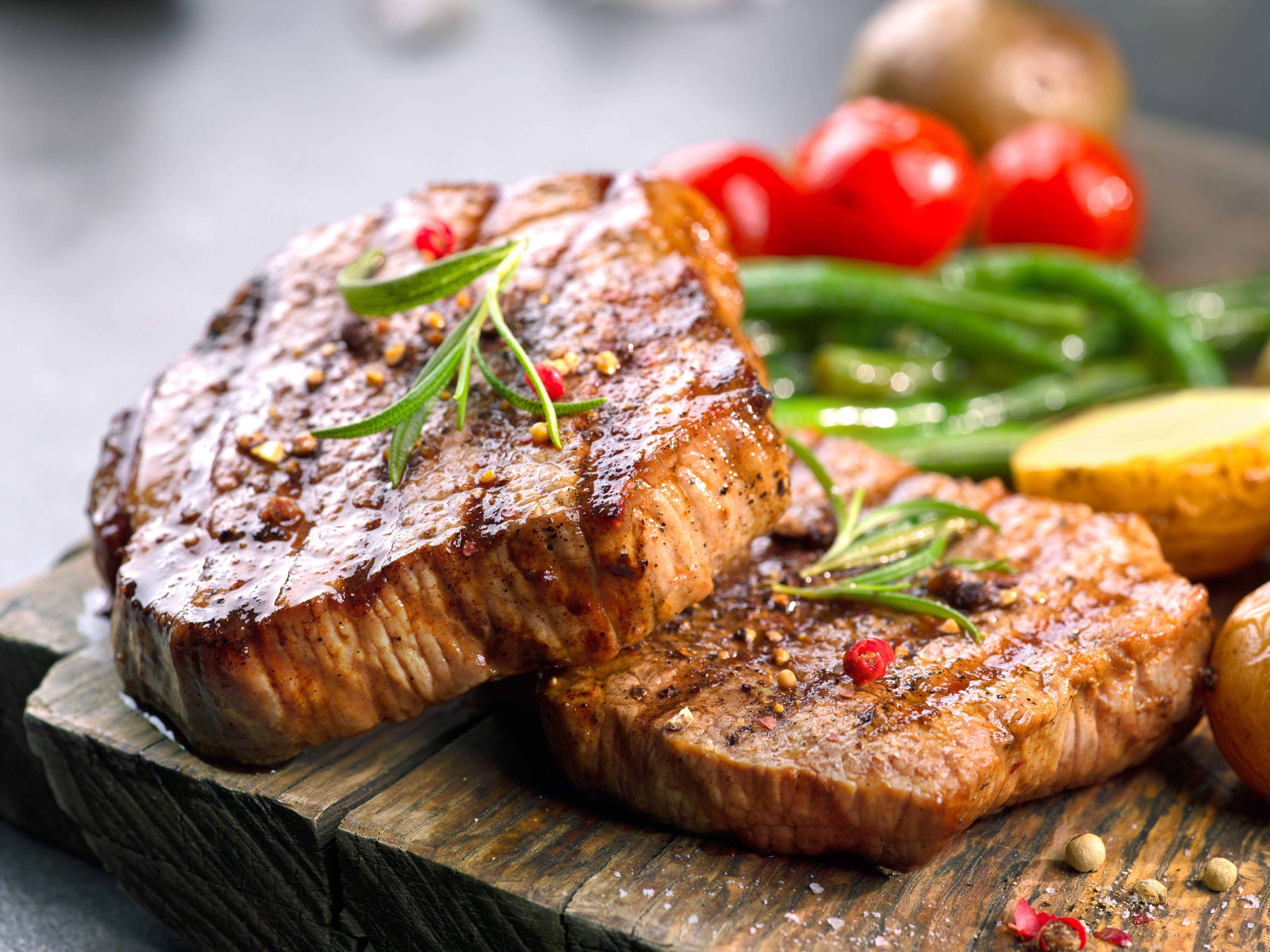 Seared Sirloin and Roasted Veggies: Here is your romantic ...