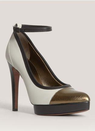 Lanvin - Metallic toe-cap leather pumps