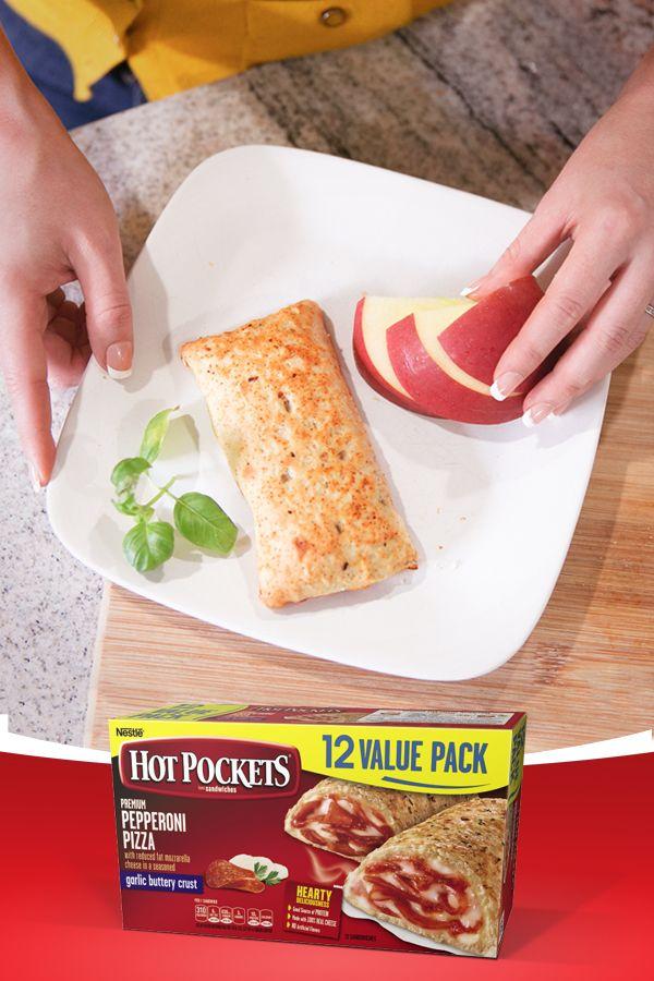 ¿Quieres ser la mamá más cool en los ojos de tu hijo? Hot Pockets es la mejor manera de conecctar con él después de la escuela. No podrá resistir estos snacks repletos de proteína y delicioso queso. #HotPockets