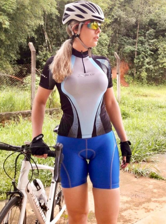 Curves And Lines Women And Bikes Cycling Women Road Bike Girl Bicycle Girl