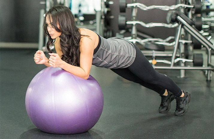 5 Exercícios para músculos abdominais incríveis - Mulher Malhada