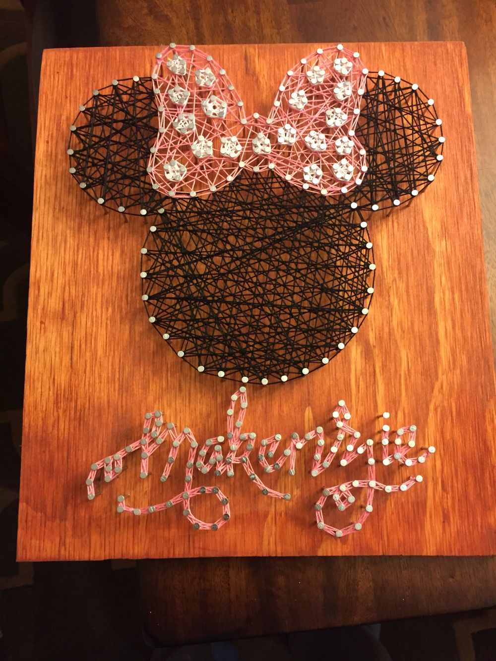 Minnie Mouse string art. With Makenzie in cursive!! | String art ...