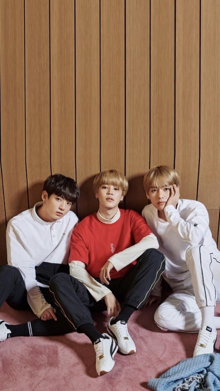 Pin By Anyuta On Vminkook Makne Line Bts Taehyung Bts Maknae Line Album Bts