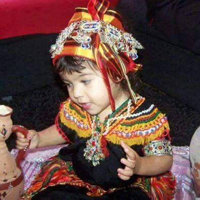 Robe kabyle enfant tenue traditionnelle pinterest for Haute kabylie