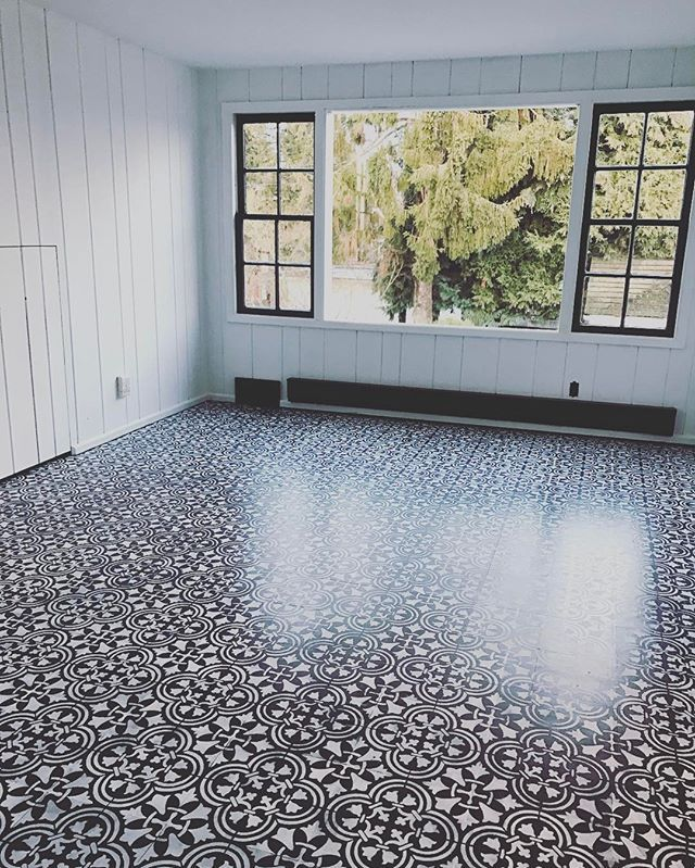Painted Concrete Floors Diy: How To DIY A Tile Floor For Less Than $100 Using Stencils