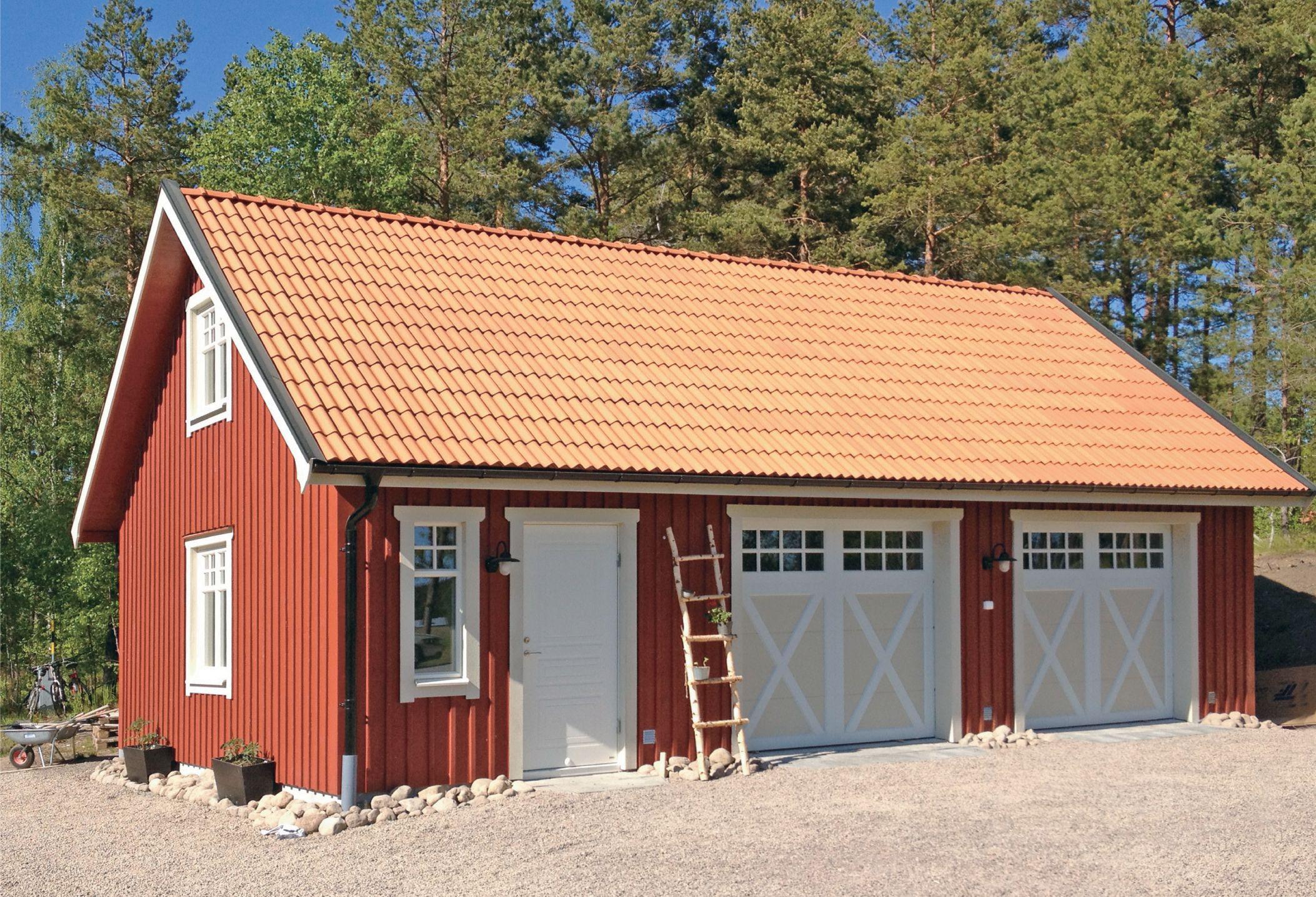 Bildresultat för garageport gammal stil Garageport