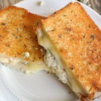 More than 50 yummy Grilled Cheese recipes! | Love Bakes Good Cakes